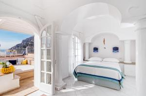 Letto o letti in una camera di Villa Boheme Exclusive Luxury Suites