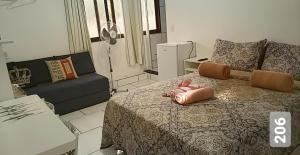 A seating area at Cantinho Suico Guesthouse