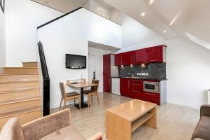 A kitchen or kitchenette at Skene House Hotels - Rosemount