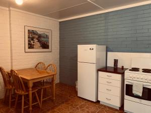 A kitchen or kitchenette at Guildford River Retreat