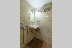 A bathroom at Kutumb Kesari