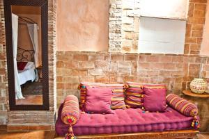 A seating area at La Casa Mora
