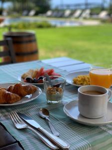 Opciones de desayuno para los huéspedes de Patios De Cafayate