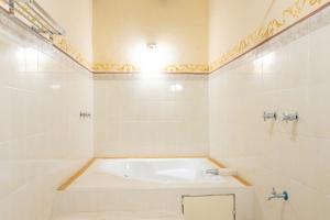 Un baño de Hotel Casa Rico