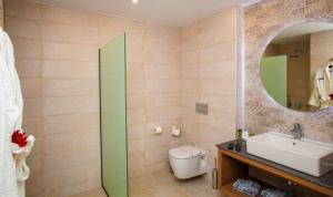 A bathroom at Minos Hotel