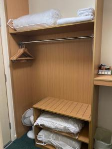 A bunk bed or bunk beds in a room at Days Inn Michaelwood M5