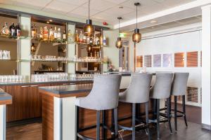 Salon ou bar de l'établissement Hotel Ameland
