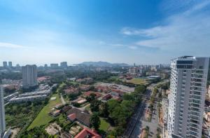 A bird's-eye view of Arte S, 6pax, 15mins to spice arena & airport