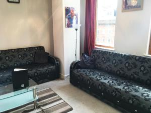 A seating area at Discounted Short Term Let