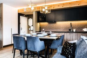 Dining area in the aparthotel