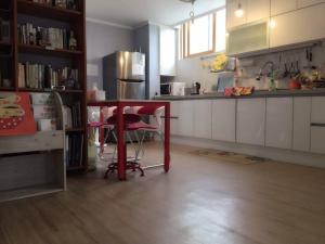 A kitchen or kitchenette at Kbook9