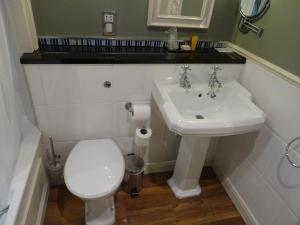 A bathroom at The Belmore