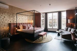 A seating area at Hotel Britannique