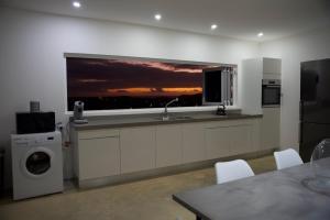 A cozinha ou cozinha compacta de FONTEIN Top