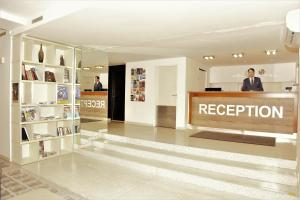The lobby or reception area at Akcent hotel