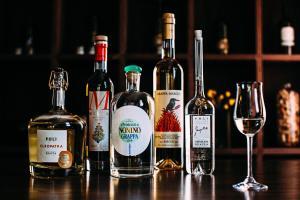 Drinks at Kimpton Hotel Vintage Seattle