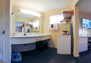 A bathroom at Inn at Golden Gate
