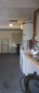 A kitchen or kitchenette at Holiday Park Dennenbos