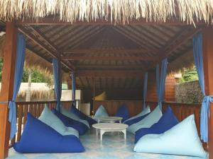 A seating area at Nipah Villas
