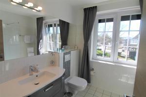Ванная комната в Landhotel garni zur Linde