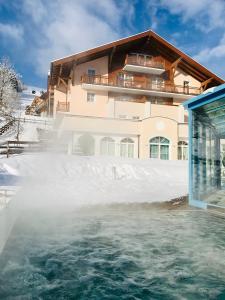 Hotel Vierjahreszeiten im Winter