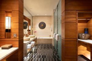 A bathroom at Raffles Hainan