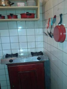 A kitchen or kitchenette at Victory Gardens