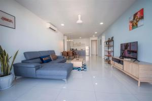 A seating area at Arte S @ 3 Bedrooms Holiday Apartment @ 3房式度假公寓