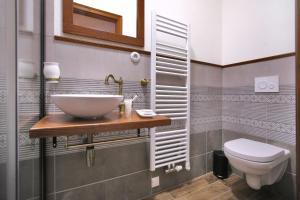 Koupelna v ubytování Royal Pension