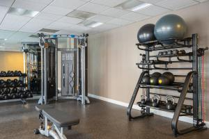 The fitness center and/or fitness facilities at Residence Inn Washington, DC/ Downtown