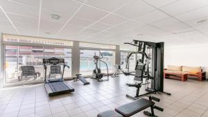 The fitness centre and/or fitness facilities at Vacancéole - Résidence Hôtelière Le Saint Clair