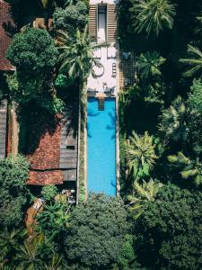 タマリンド ヒル バイ アジア レジャーの敷地内または近くにあるプールの景色