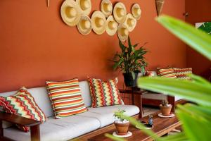 A seating area at Hotel Vento Brasil