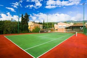 Εγκαταστάσεις για τένις ή/και σκουός στο Michelangelo Resort ή εκεί κοντά