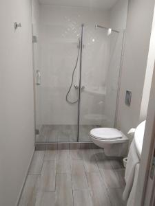 A bathroom at Ibis Sofia Airport Hotel
