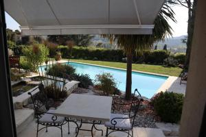 The swimming pool at or near La Sousta