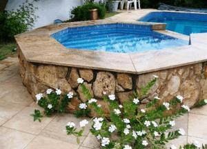 A piscina localizada em Pousada Vida Boa Praia ou nos arredores