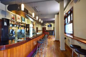 The lounge or bar area at Hotel Sophia