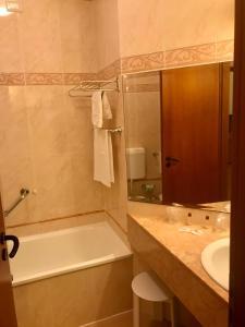 Ein Badezimmer in der Unterkunft Residenza d'Aragona