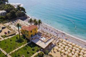Vista aerea di Villa Eva Beach