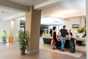 Guests staying at Saracen Sands Hotel & Congress Centre - Palermo