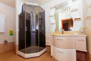 Ванная комната в Отель Белый Грифон