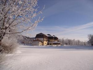 Hotel Na Pláži im Winter