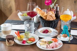 Frühstücksoptionen für Gäste der Unterkunft Hotel-Restaurant Ammerhauser