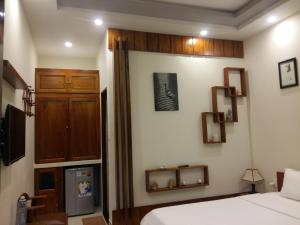 A television and/or entertainment center at CoCo Riverside Homestay