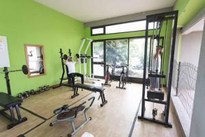 Фитнес-центр и/или тренажеры в Residenza Alberghiera Italia