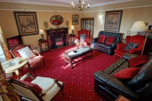 A seating area at Murphys Farmhouse B&B