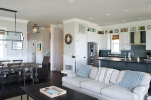 A kitchen or kitchenette at Beach Bluff Five-Bedroom Home
