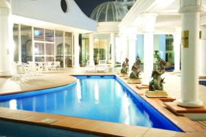 The swimming pool at or near Broadbeach Holiday Apartments