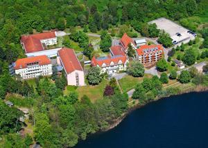 Blick auf Spa Hotel Amsee aus der Vogelperspektive